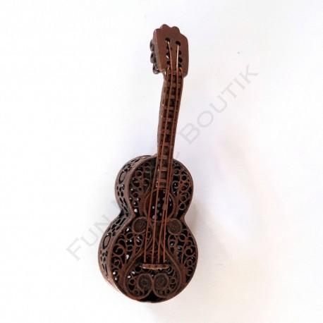 Broche forme guitare bronze