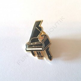 Pins piano a queue miniature