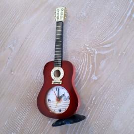 Montre forme guitare classique rouge