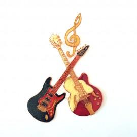 Guitares électriques avec clé de sol aimanté